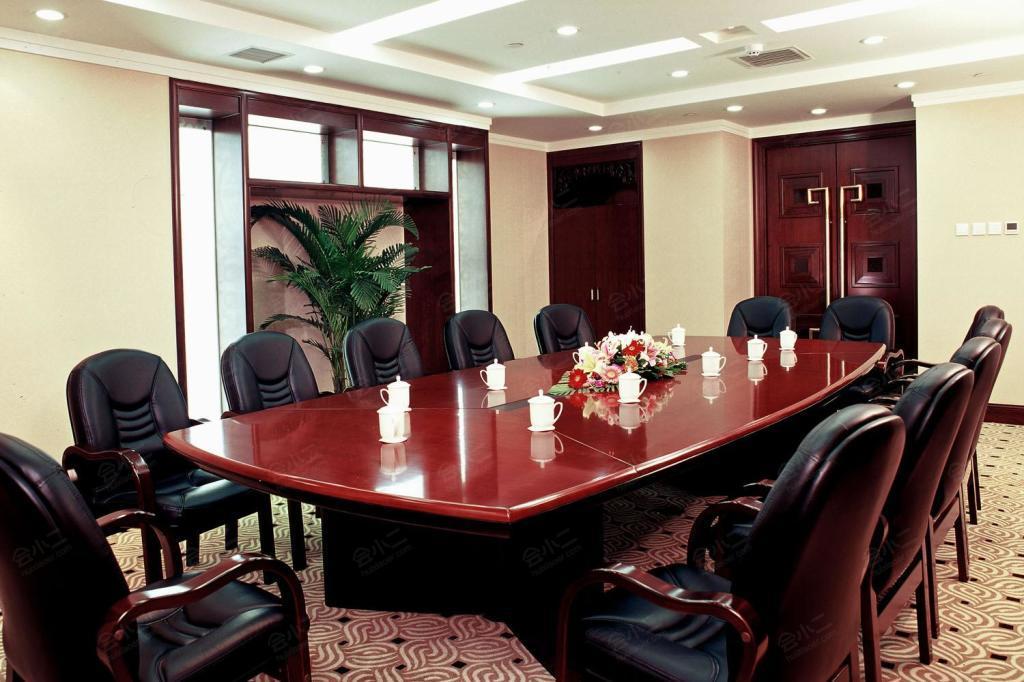 第二会议室
