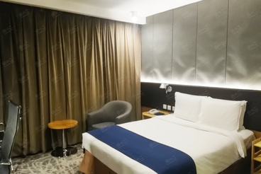 北京民族园智选假日酒店住宿