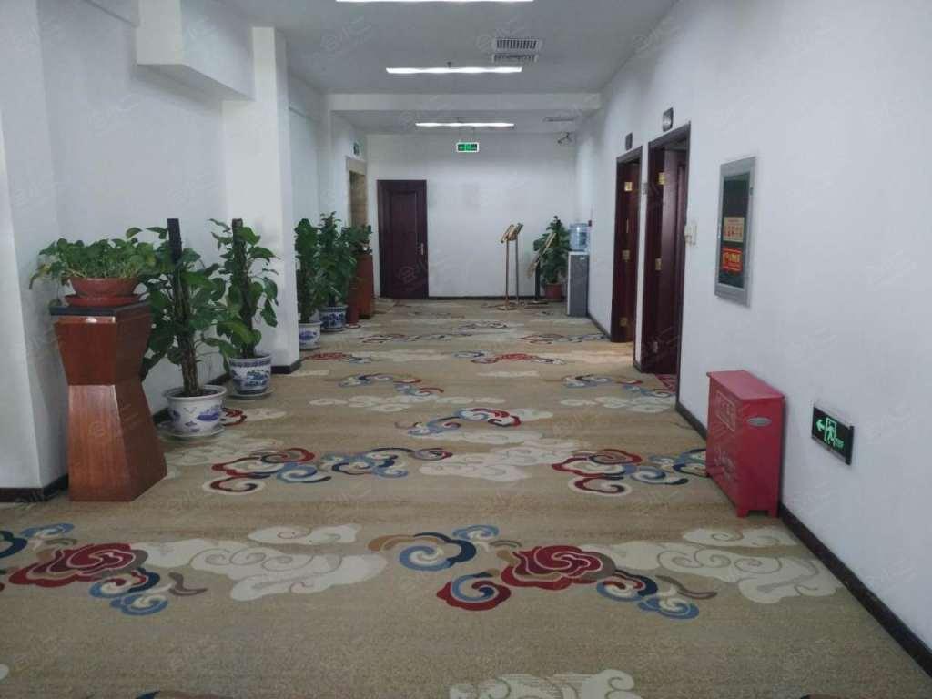 六层会议室走廊
