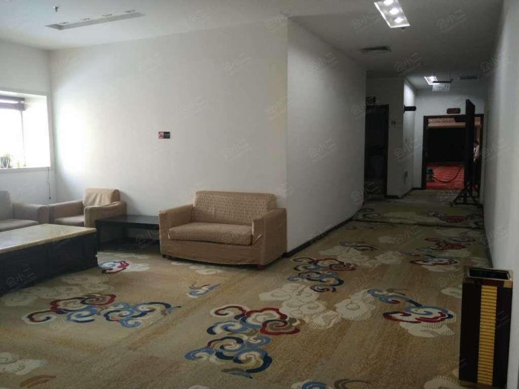 多功能厅外面走廊