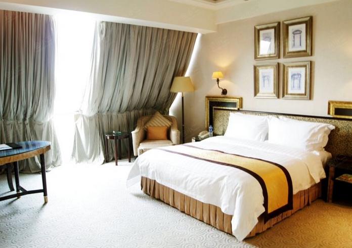 高级两卧室跃层套房