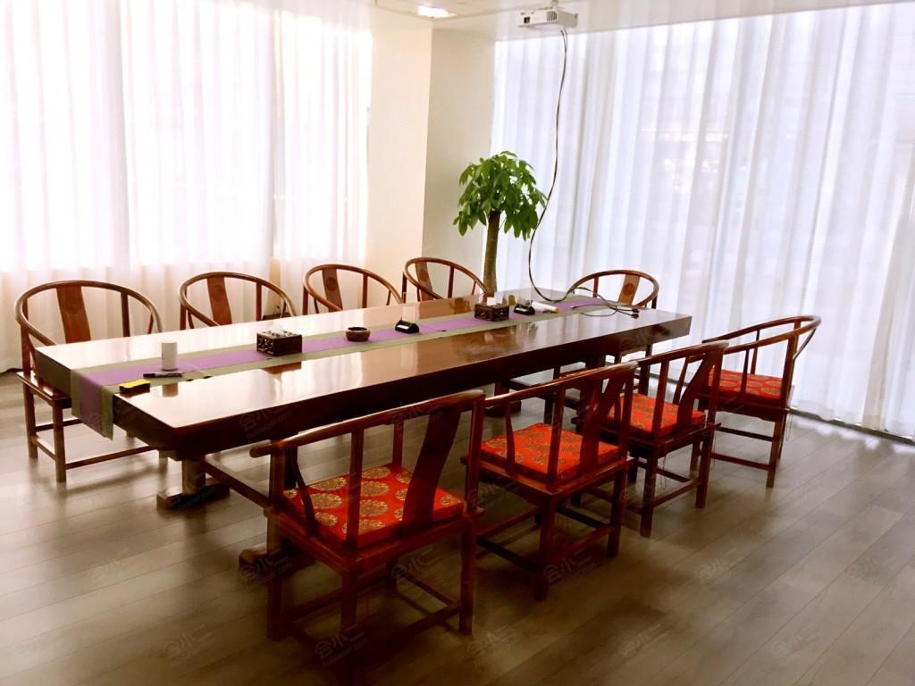 一楼小会议室